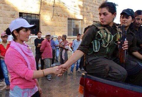 Viviamo impariamo e combattiamo le donne di kobane sul fronte delle contraddizioni connessioni - Le finestre di fronte ...