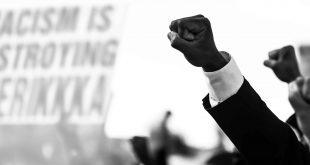 Mometti_Black Lives Matter