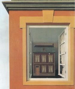 Al livello delle finestre