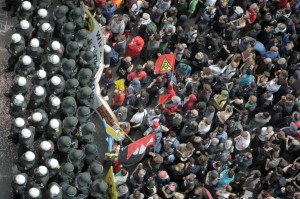 Francoforte, marea anti-austerity in marcia